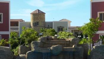 قرية مرسيليا بيتش 2